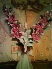 dekorace na auto - od šikovné nevěsty Ivanky z mojasvadba.sk, která je sama vyrobila...čekám až dorazí:)