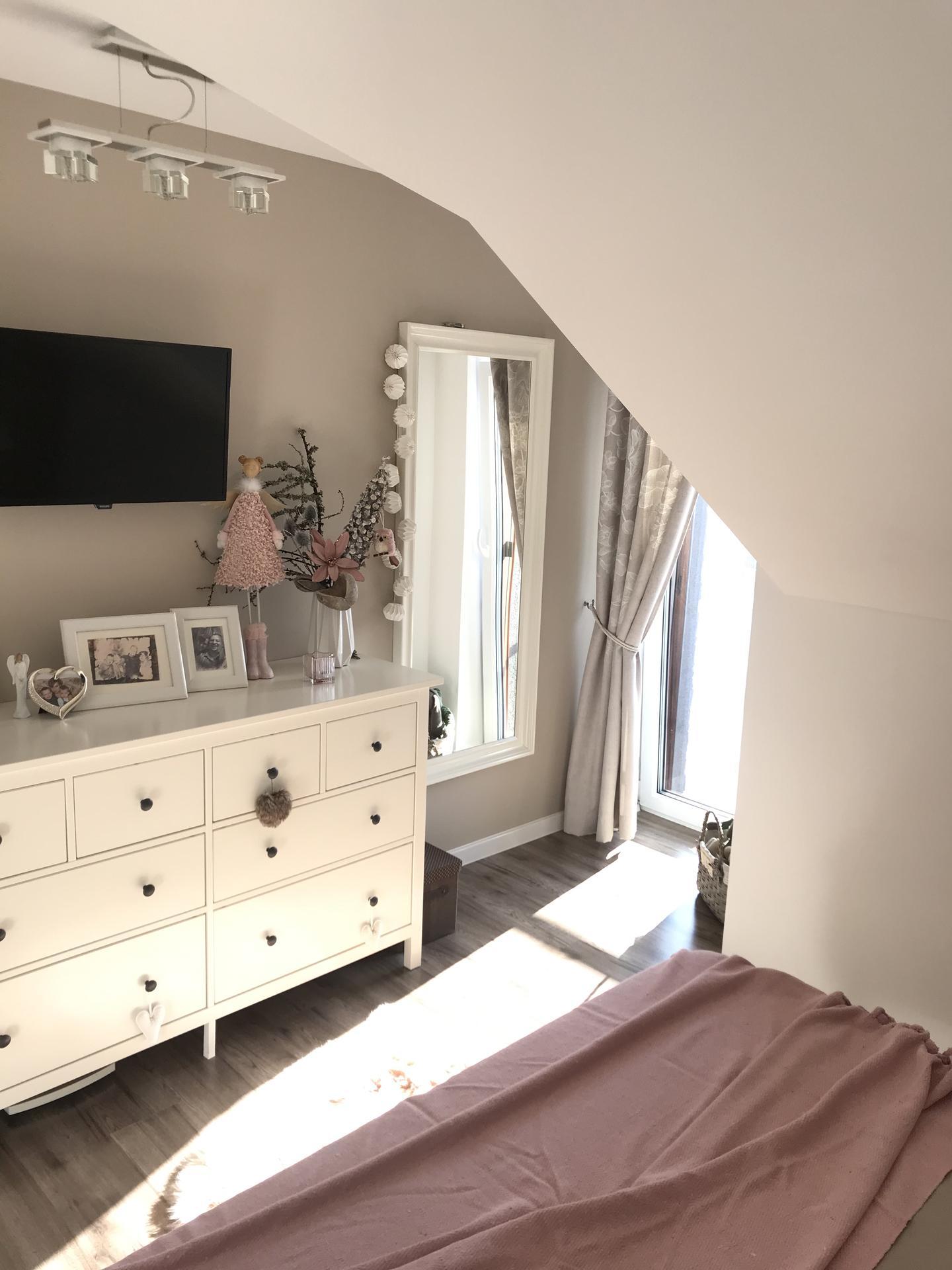 Začiatok 3. roku bývania vo vytúženom domčeku - Keď svieti 🌞hneď je krajší deň😉