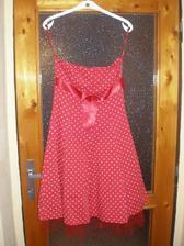 šaty na rejdovy