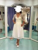 Krátké krajkové svatební šaty , 36