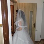 svadobné šaty snehovo-biele, 38