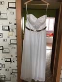jednoduché svatební šaty, 46