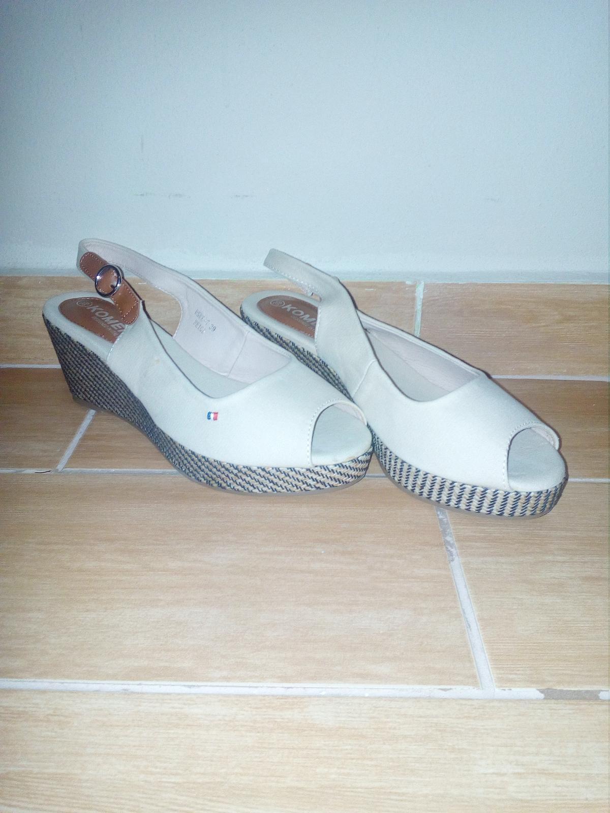 Dámske sandale - Obrázok č. 1
