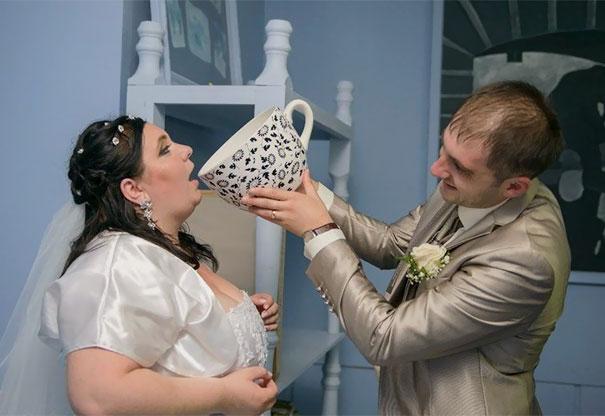 Svatební katastrofy - jen se napi koblížku