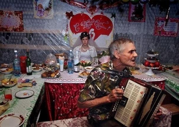 Svatební katastrofy - my happiest day ever.. takhle dobře jsem si na harmonice nikdy nezahrál