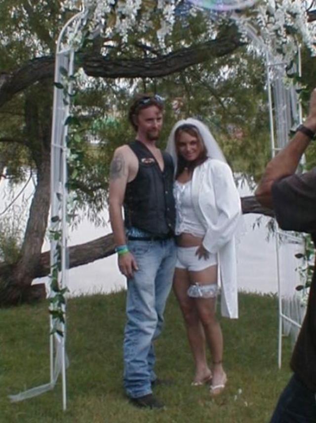 Svatební katastrofy - Říkala jsem mu, že chci svatbu na úrovni jako William a Kateřina a to hovado si vzalo na sebe džíny!!!
