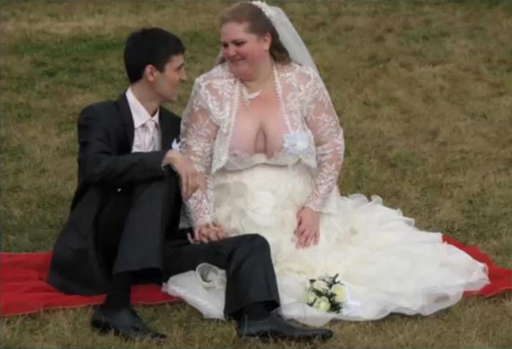 Svatební katastrofy - hele petře ty chlípníku oči mám tady nahoře