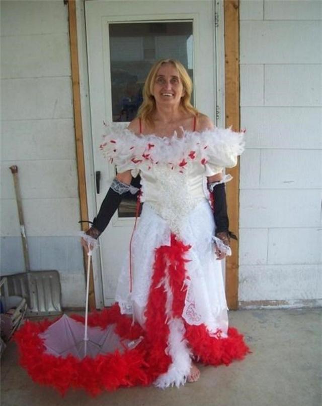 Svatební katastrofy - troche červené podtrhne moji vášnivou osobnost