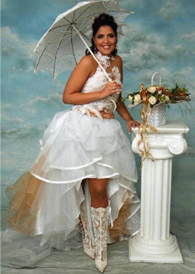 Svatební katastrofy - Usměj se vypadáš jako anděl v oblacích