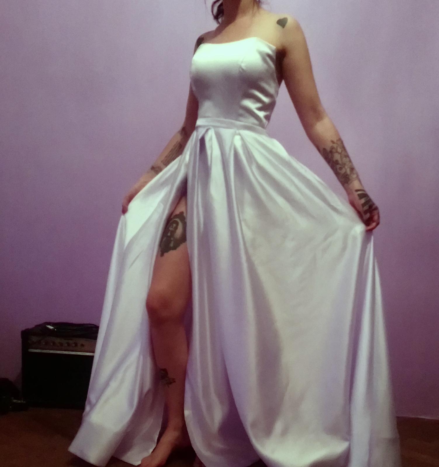 Mne prišli šaty z... - Obrázok č. 1