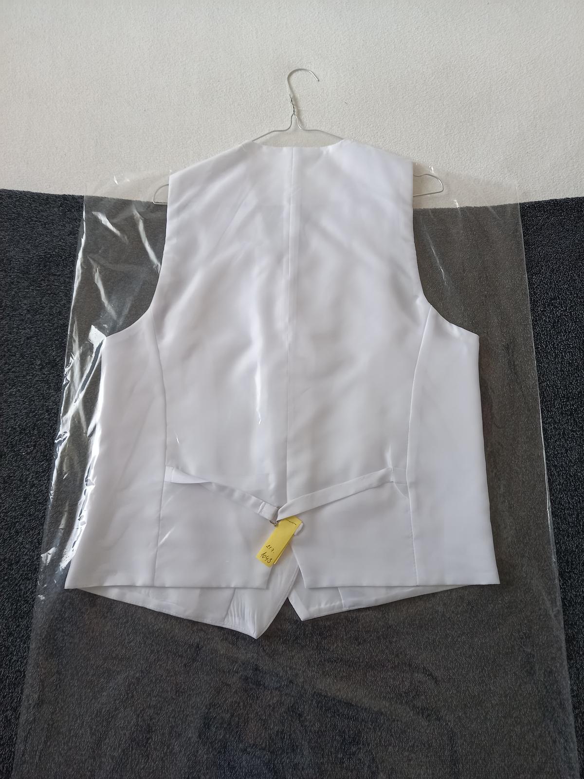 svadobná košeľa, vestička,kravata, vreckova pre ženícha - Obrázok č. 2