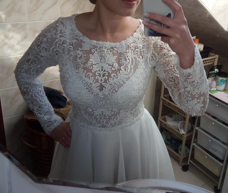 Predám svadobné šaty veľkosť 38 - Obrázok č. 1