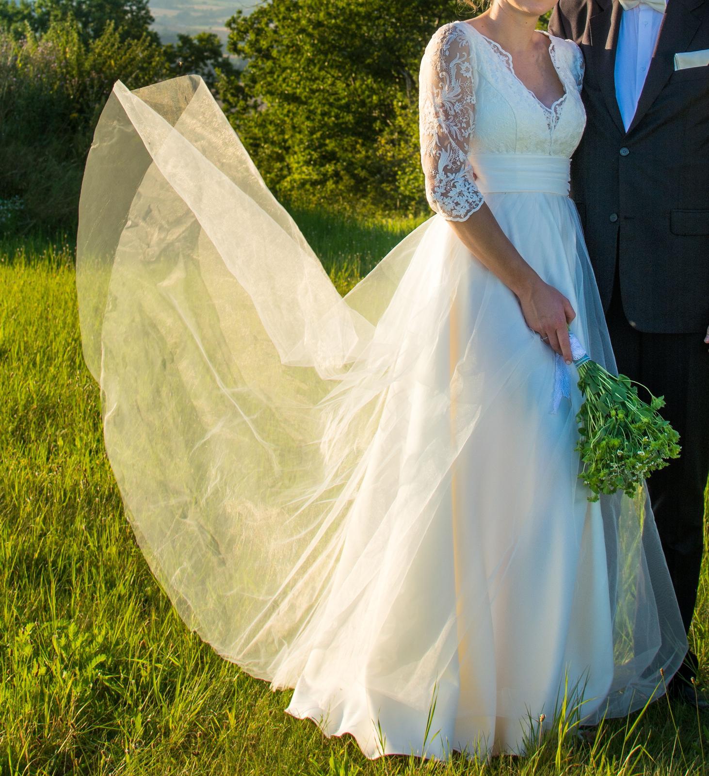 Prodám svatební šaty na vysokou postavu - Obrázek č. 1