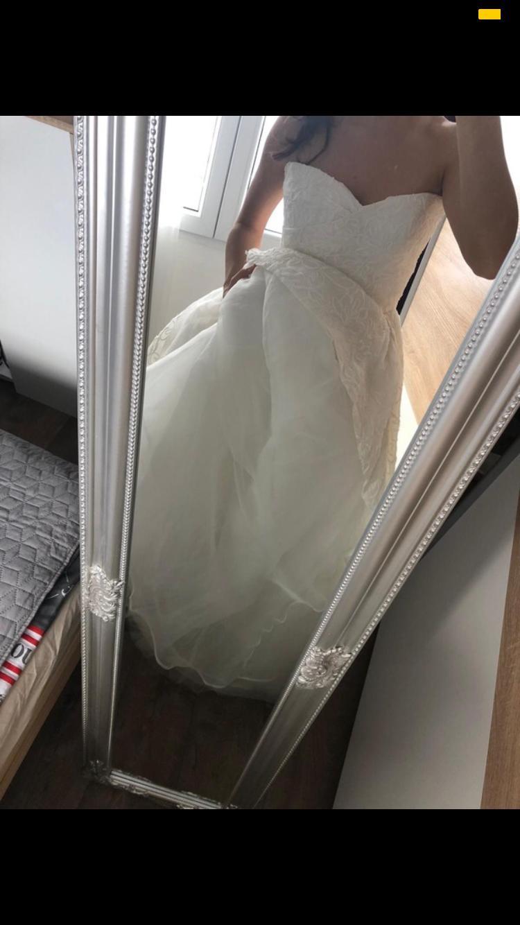 Svatební šaty Jesus Peiro - Obrázek č. 1