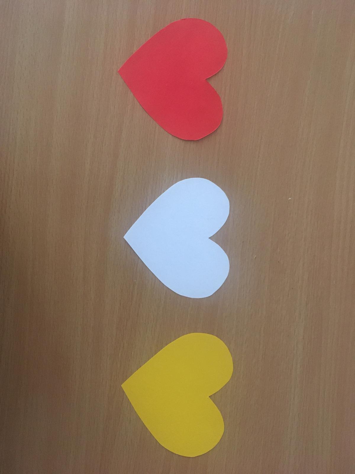 Papírové srdíčka - Obrázek č. 1