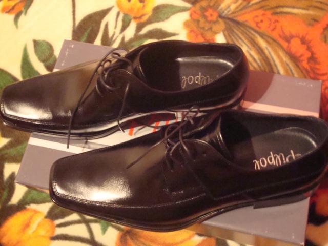 Janka a Roman - milého topánky k obleku