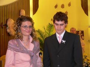 naši svedkovia- moja zlatá kamoška Nikuška, ktorá mi pripravila nezabudnuteľné prekvapko...ďakujem mojka!!!!