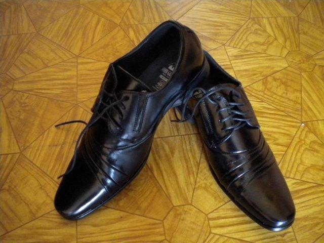 Mirko a Majka 25. 9. 2010 - ženíchove topánky...elegancia