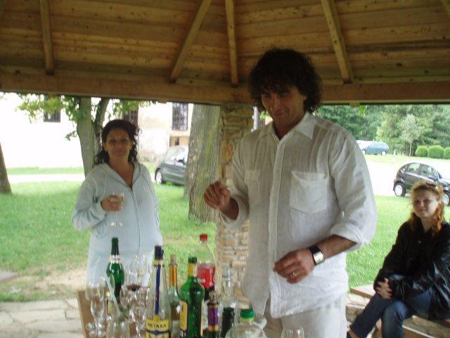 Zuzana{{_AND_}}Marcel - ráno po svadbe.......oslavovali sme do šiestej večera