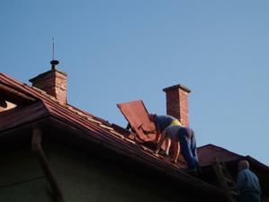 strecha ide dole