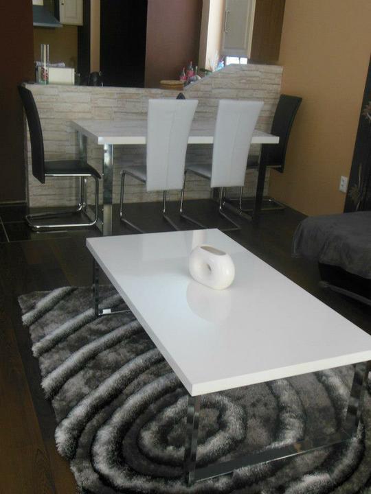 Bungalov 667 - konecne jedalensky stol..tesiim:)