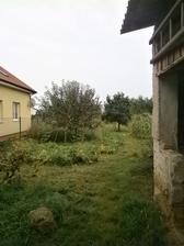 Kuk do zahrady... koniec nevidiet :-)