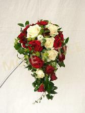 Takto bude vypadat, pouze bordo růže uprostřed a bílé po stranách..a méně zeleně!!