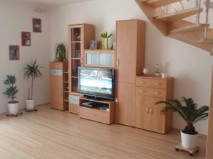 starý obývák, musíme koupit nový :) časem
