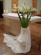 ... do kostolíka, veľmi pekné, jednoduché ... má to svoje čaro ...