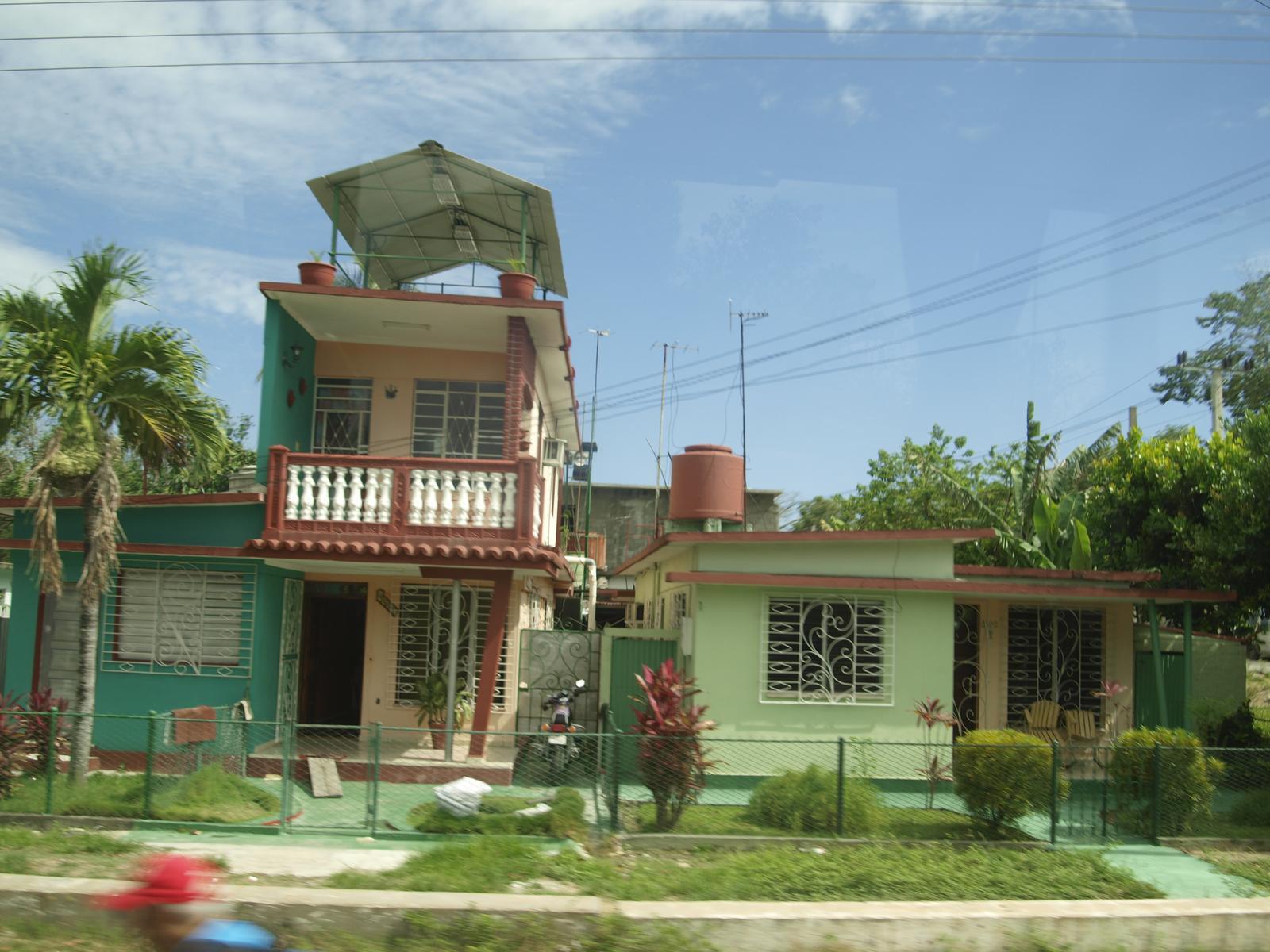 Kuba architektúra - Havanu a Varadero už asi videl každý,tak preto po dedinách