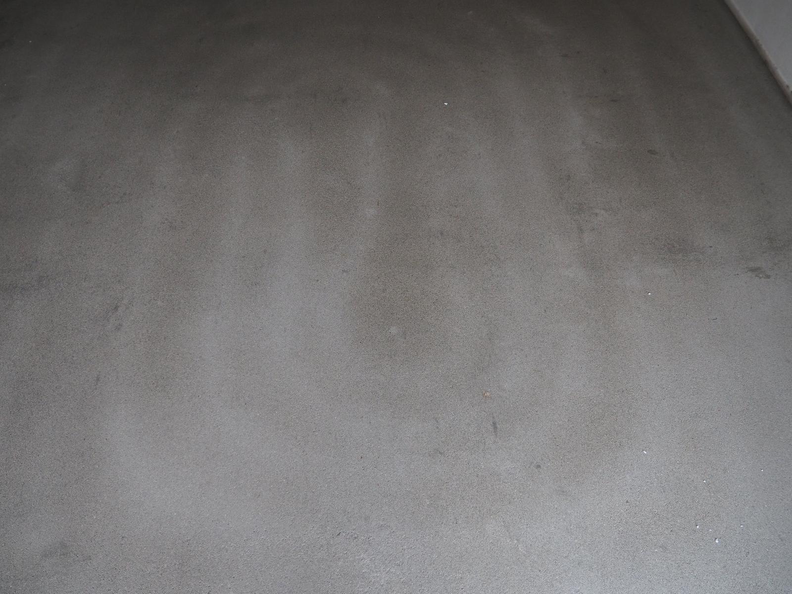 Senec šírka 8,5m - sušíme beton