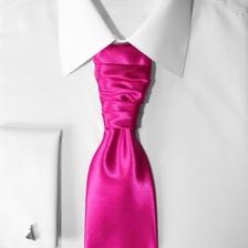 kravata na košeli