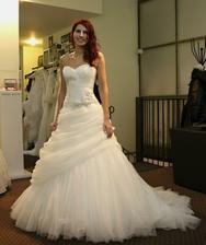 Vybrate svadobné šatičky