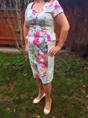 Krémové-kvetované spoločenské šaty, 44