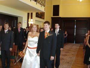 šťastní novomanželé....:)