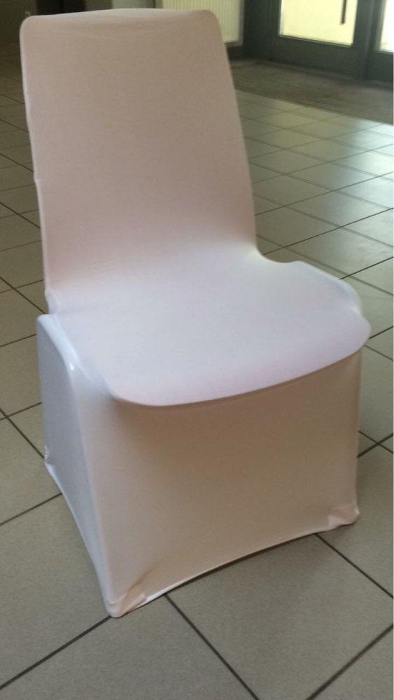 Materiál na prenájom - biele návleky na stoličky s výrezom alebo bez ...máme rôzne odtiene saténových mašlí