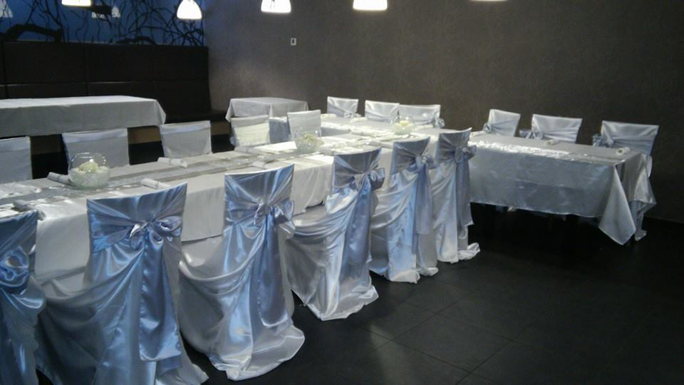 Satenove univerzalne navleky na stoličky + mašla  - Obrázok č. 1