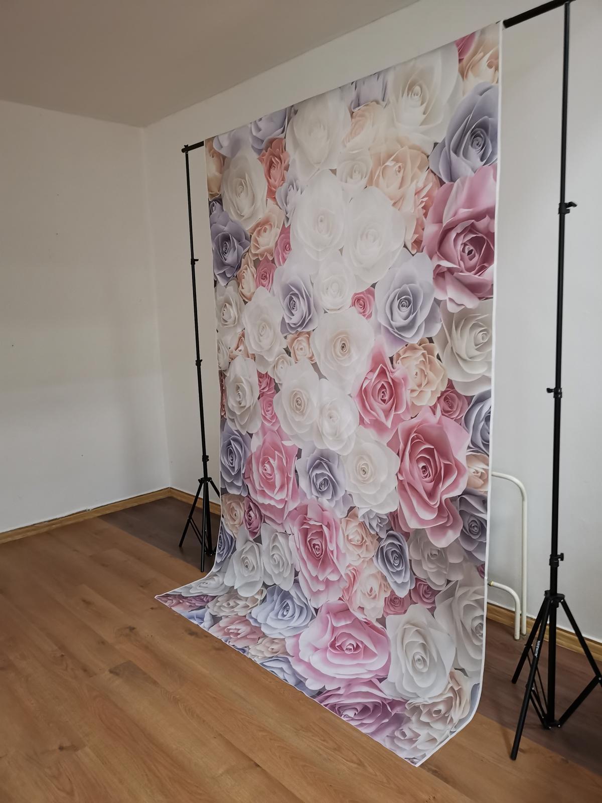 Kvetinová stena s konštrukciou  - Obrázok č. 2