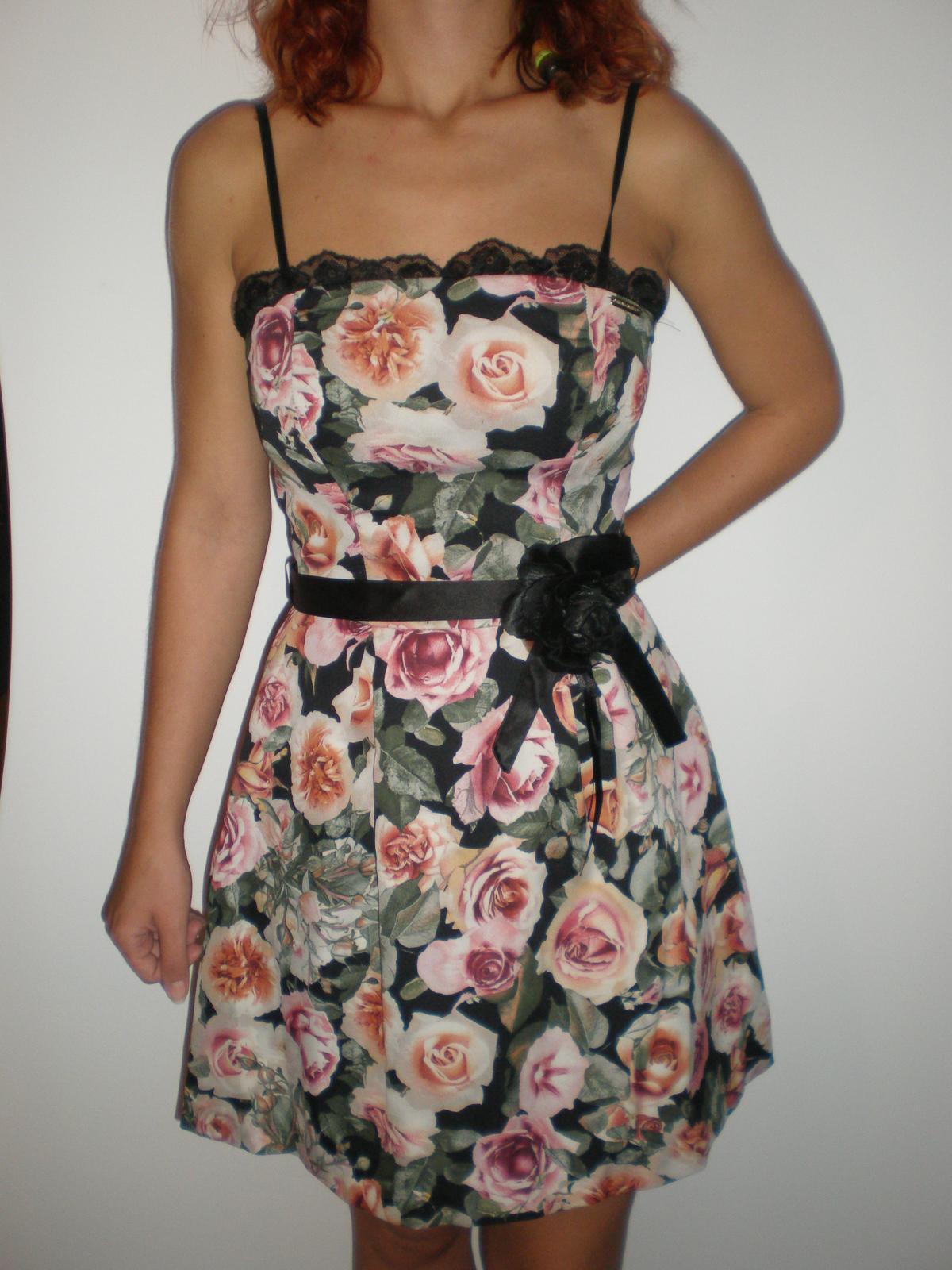 Roztomilé šaty - Obrázok č. 1