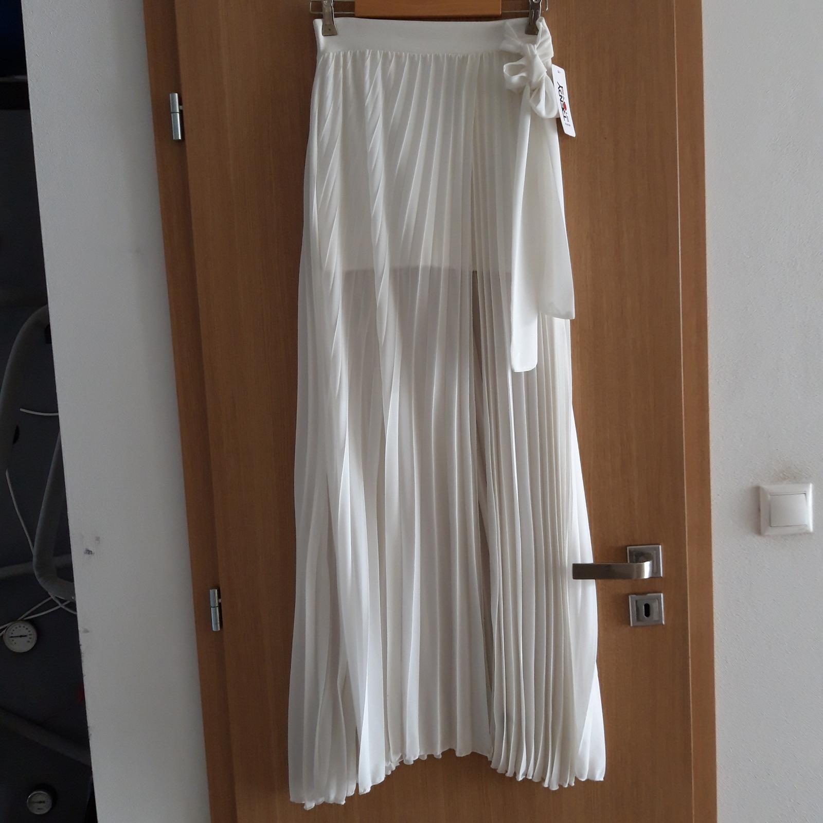 Po-polnočné šaty - Obrázok č. 4