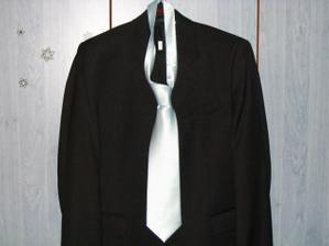 koupený oblek