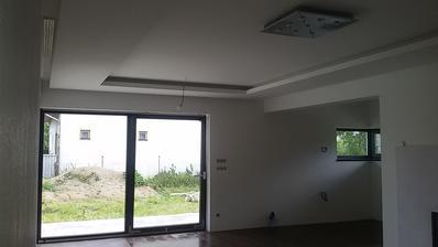 Buduca obývačka s kuchyňou