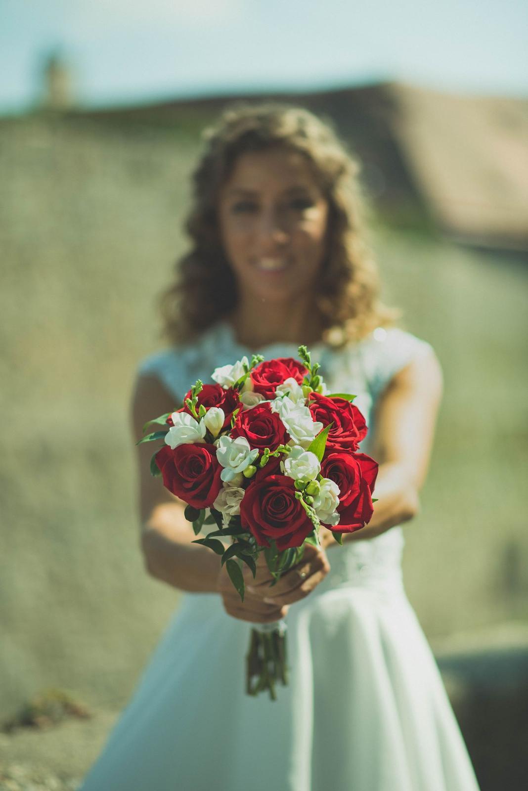 Fotka svadobnych siat, torty, kytice, atd. - Obrázok č. 2