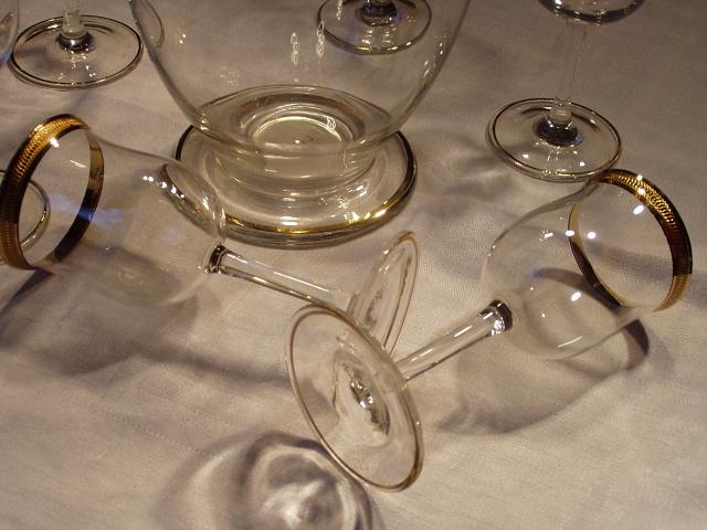 Karafa plus poháre - Obrázok č. 2