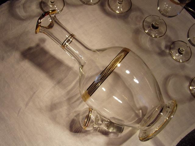 Karafa plus poháre - Obrázok č. 4