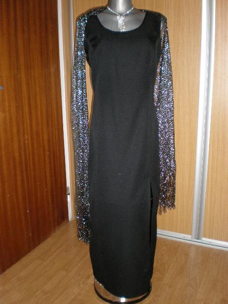 Klasické čierne hladké šaty  - Obrázok č. 1