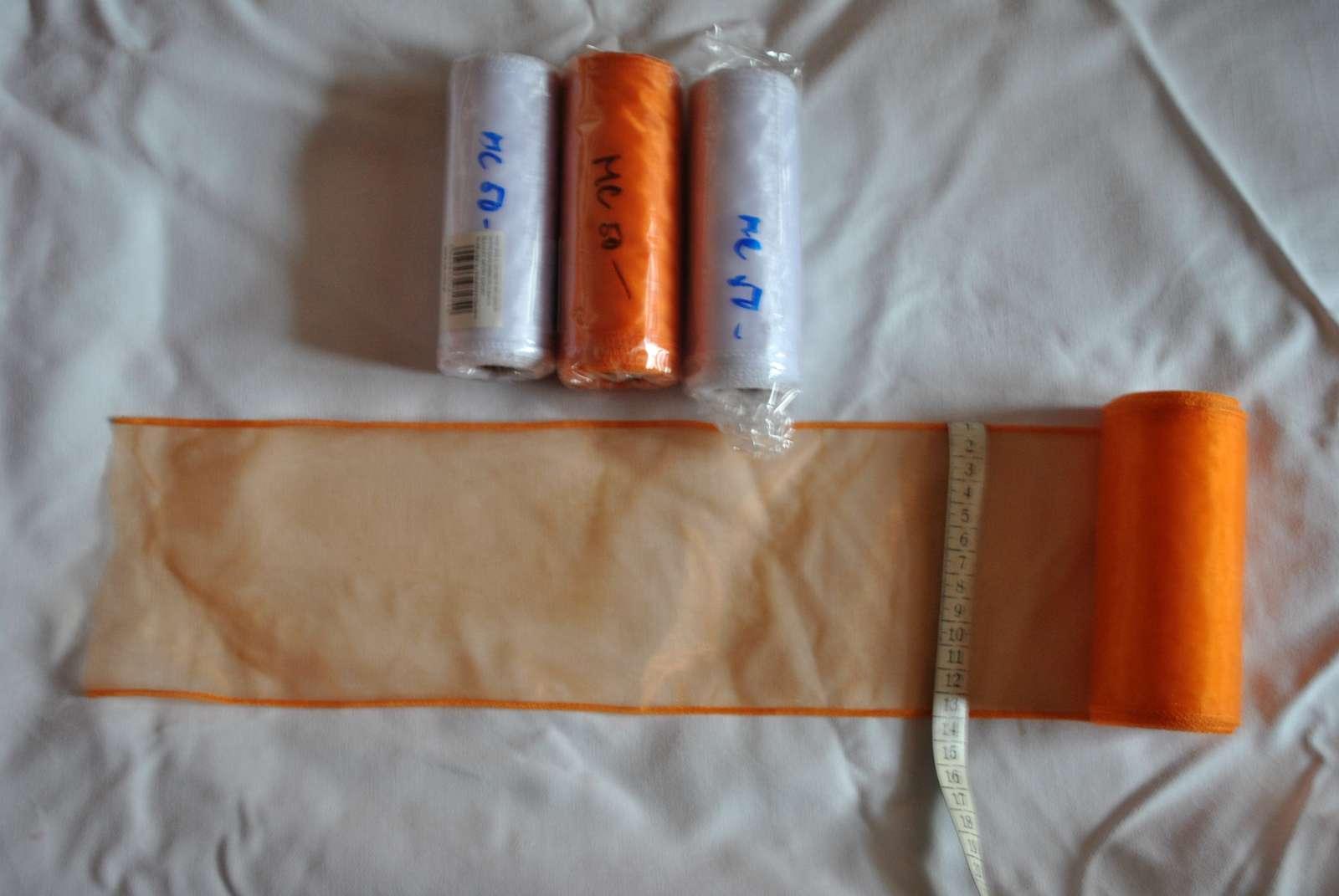 Organza bílá a oranžová - Obrázek č. 1