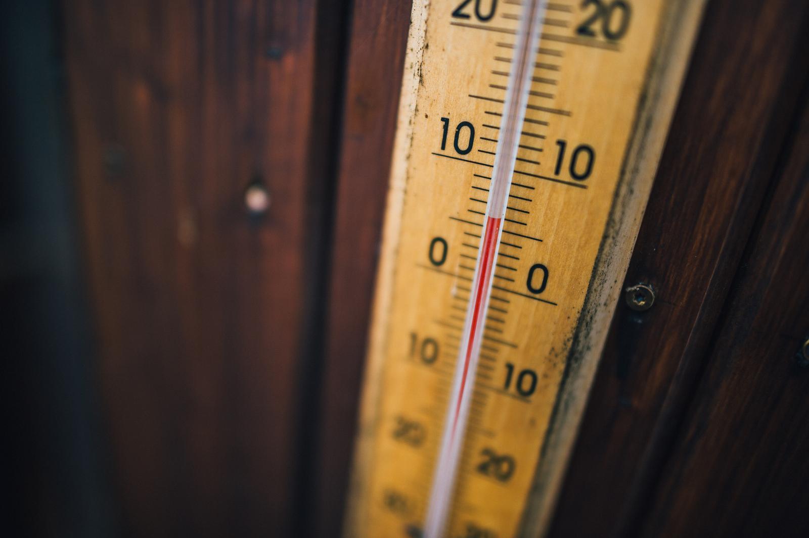 Ivona{{_AND_}}Pavel - Teplota v sobotu ráno!! Ukázat mi to někdo dříve, tak nevím, nevím ...