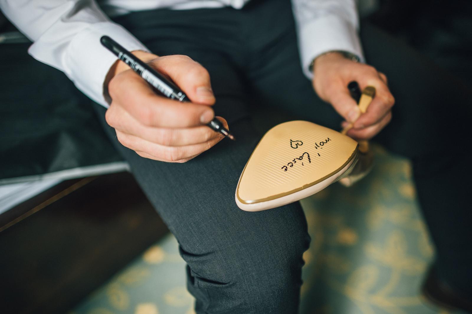 Ivona{{_AND_}}Pavel - žádný dopis, ale rovnou vzkaz na svatební střevíček :)