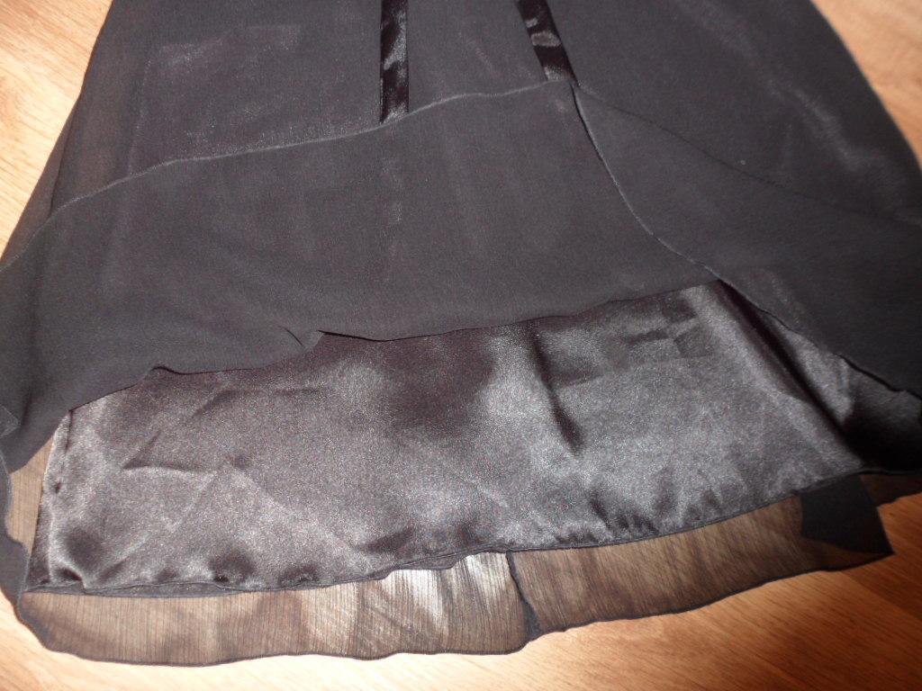 Čierne šifónové šaty - Obrázok č. 2